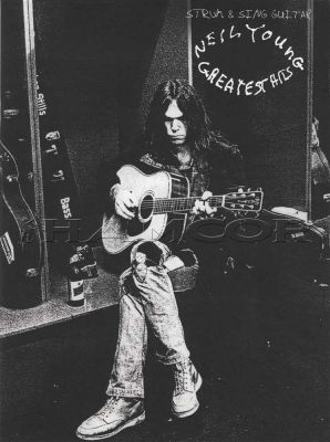 Neil Young Greatest Hits Strum & Sing Guitar